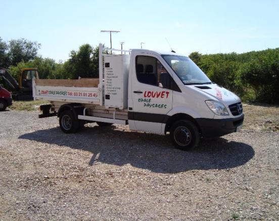 Camion pour nos prestations en paysagisme